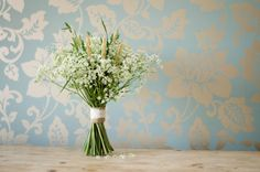 A DIY Foraged Bouquet of Queen Anne's Lace, Grasses and British Grown Wheat. ~ UK Wedding Blog ~ Whimsical Wonderland Weddings