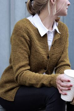 Ankers Cardigan My Size pattern by PetiteKnit Knit Cardigan Pattern, Sweater Knitting Patterns, Knit Patterns, Stitch Patterns, Pijamas Women, Fall Knitting, Loom Knitting, How To Purl Knit, Pulls