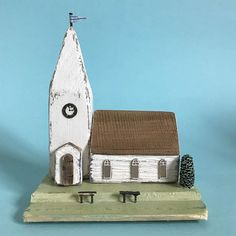 Going to the chapel and we're..... #lorainespick #shabbydaisies #shabbychic #church #chapel#driftwood #rusticart #handmade #driftwoodart