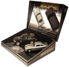 Scalextric James Bond New Film Aston Martin DB5 & chase car - ToyTrade.dk