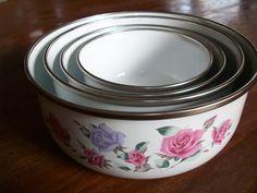 gmi bowls | Vintage GMI Enamel Mixing Bowls w/ Pink and by MatriarchVintage