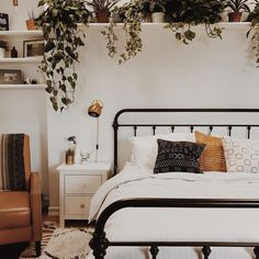 "3,560 Likes, 36 Comments - Ashley || My Bohemian House (@mybohemianhouse) on Instagram: ""Oh my goodness @branchabode bedroom is simply gorgeous! ✨ I mean plant heaven Total perfection! """