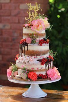 cake full of summer fruits :