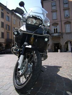 BMW R 1200 GS without the stupid beak.
