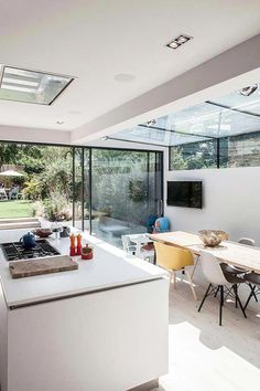 Exterior house victorian rear extension 35 Ideas for 2019 Exterior house victorian rear extension 35 Ideas for 2019 The post Exterior house victorian rear extension 35 Ideas for 2019 appeared first on Etta Ward. Small Open Plan Kitchens, Open Plan Kitchen Living Room, Kitchen Design Open, Open Plan Living, Georgian Homes, Victorian Homes, Roof Design, House Design, Key Design