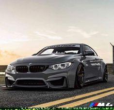 BMW F82 M4 grey widebody