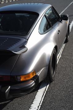 Porsche 964, Vintage Porsche, Sexy Cars, Cars And Motorcycles, Classic Cars, Bmw, Jewels, Sports, Automobile