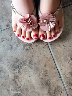 East Peoria Nail Salon Gift Cards - Illinois  Giftly  diva nails east peoria - Diva Nails #Illinois #Peoria #DivaNails Wax Center, Manicure Station, East Peoria, New Hyde Park, Diva Nails, Spa Gifts, Nail Studio, Beauty Spa, Nail Bar
