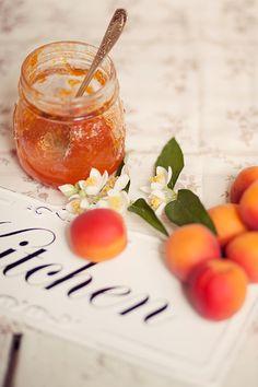 Peaches & Cream Cottage