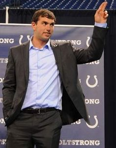 The Indianapolis Colts have signed top draft pick Andrew Luck to a 4-year deal expected to be worth $22 million. (via indystar.com)