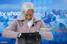 462007100-christine-lagarde-managing-director-of-the-gettyimages.jpg (594×396)