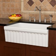 Fluted apron sink