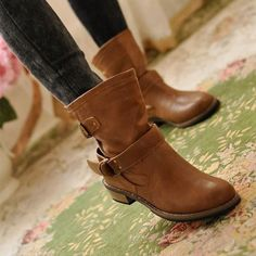 This is the very boots you must buy, simple and fashion, pair with dress or jeans are all very fashion. Highlight round head, non-slipping sole, comfortable lining, intimate lace up design, make you e