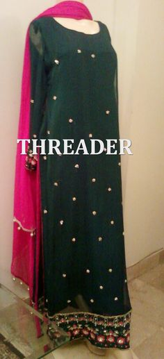 Product ID: 748 COST: PKR 12000 To order email us at: Email: threaderpk@gmail.com Phone: 00923472076667