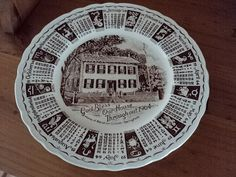 Royal Staffordshire 1964 calendar plate Lincoln by Treasures102, $5.99