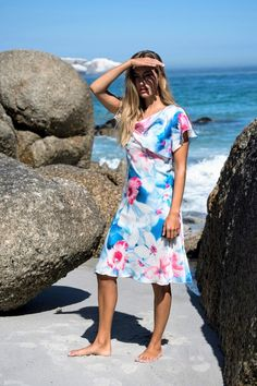 daydress with ruffles in floral printed crepe chiffon MADITA Safari Look, A Perfect Day, Silk Crepe, Art Director, Flare Skirt, Santorini, Chiffon Dress, Summer Collection, Day Dresses