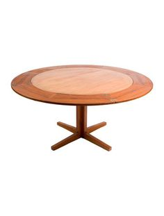 Table Dyrlund Rosewood Table