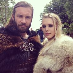 Vikings - Rollo (Clive Standen) and Porunn (Gaia Weiss) Rollo Vikings, Ivar Vikings, Vikings Travis Fimmel, Ragnar Lothbrok, Lagertha, Vikings Tv Show, Vikings Tv Series, Viking Life, Viking Warrior