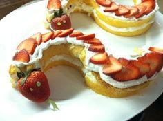 Strawberry short snake