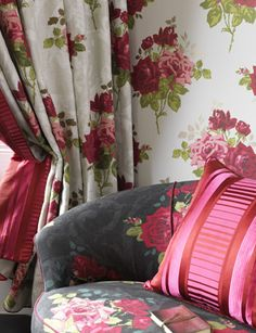 Paradiso Fabric from Nina Campbell