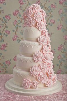 Wedding Magazine - Lookbook: pink wedding cakes