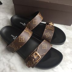 Louis Vuitton lv woman slippers monogram slides flats