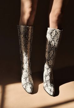 Ready for a crash course on which fall shoe trends are in and out? Look no further than this story, backed up by data from our intelligence team. Fashion Boots, Girl Fashion, Fashion Spring, Ladies Fashion, Fashion Dresses, Mango Shoes, Snake Boots, Snakeskin Boots, Caged Heels