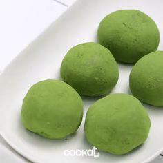 Perfect dessert Mochi 💚 Video by Dessert Chef, Dessert Recipes, Baking Desserts, Green Tea Recipes, Sweet Recipes, Jelly Recipes, Water Recipes, Delicious Desserts, Yummy Food