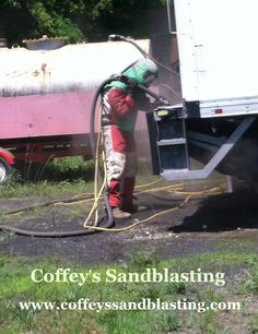 Sandblasting Truck bed and Liftgate using Black Beauty abrasive - Video ...