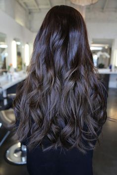 Long, all-one-length waves. http://beautyeditor.ca/2015/10/30/long-haircuts-for-naturally-wavy-hair