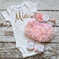 PRE ORDER Baby Girl Take Home Outfit Newborn Baby Girl Custom Bodysuit Bloomers Headband Sandals Set White Baby Pink