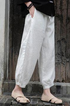 Linen Pants, Denim Pants, Fall Patterns, Type Of Pants, Cotton Linen, Thighs, How To Look Better, Pants For Women, Plus Size