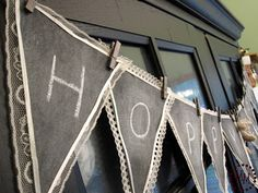 chalkboard bunting? AWESOME!