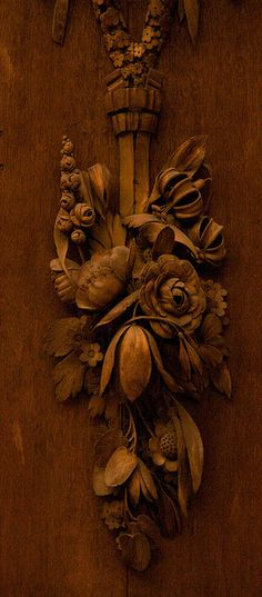 Wood carving at Hampton Court Palace, England. Brown Eyed Girls, My Favorite Color, Architecture Details, Wood Art, Earthy, Painting, Statue, Antiques, Vintage