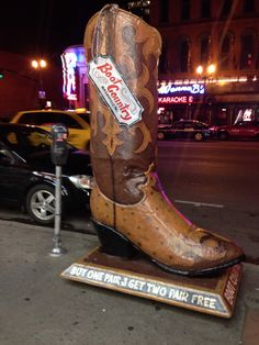 The things you'll see downtown Nashville :) OH MY GOD! More boots ❤️ Nashville Attractions, Nashville Vacation, Visit Nashville, Tennessee Vacation, Vacation Trips, Vacations, Gatlinburg Tennessee, Tennessee Whiskey, Nashville Tennessee