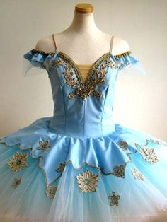 New Exclusive Creation Princess Florina (The Blue Bird) professional tutu. The paneled bodice is created with pale blue fabric and features a charming V-cut in the front and a nude inset. Circus Outfits, Dance Outfits, Tutu Costumes, Ballet Costumes, Costume Ideas, Dance Dreams, Fairy Clothes, Dress Drawing, Ballet Tutu