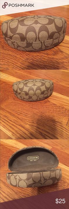Coach sunglasses case Brand new, used a couple times, coach sunglasses case. In excellent condition! I recently got oakleys with a matching case, so I don't have a use for this. Deserves to be used because it's so cute! Coach Accessories Sunglasses
