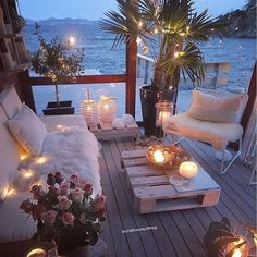 Dreamy Outdoor Living Spaces – The Marble Home Outdoor Rooms, Outdoor Living, Outdoor Bedroom, Indoor Outdoor, Dream Rooms, Backyard Patio, Patio Table, Cozy Patio, Backyard Seating