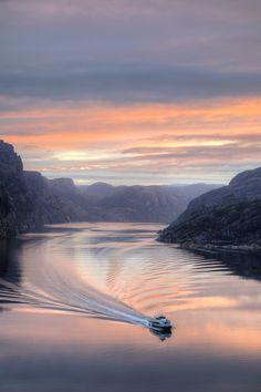Morgenstund am Fjord