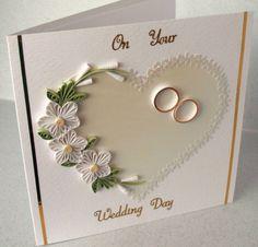 Tarjeta de felicitaciones de boda enclavijada