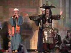 Historical video: John Compton at Tribal Fest 8. Hahbi Ru belly dance