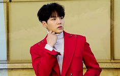 """""""I'm not approaching him like that."""" Hyun said, turning away. Daejeon quickly grabbed him by his sleeve and pulled him back. """"Like what? He's completely alone— here's your chance!""""  """"He looks like a goddamn chaebol— no thank you, I'd like to keep my pants on."""""""