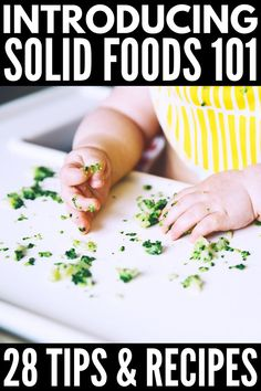 18 Finger Food Ideas for Baby | Introducing solids to baby can be both exciting and stressful. If you want to signs of readiness, how and when to introduce solids (is it 4 months or 6 months?!), if baby led weaning is for you, which foods to avoid, the best beginner finger foods to prevent food allergies, and yummy finger food recipes the whole family can enjoy, this post has it, all including other tips and ideas to help you get started! #introducingsolids #babyledweaning Picky Toddler Meals, Toddler Finger Foods, Kids Meals, Toddler Dinners, Toddler Lunches, Baby Food Recipes, Whole Food Recipes, Baby Food By Age, Amigurumi