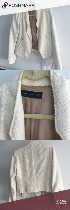 Zara Cream Tweed Jacket with Gold Zip sleeves This jacket looks great over a dress (like our Zara tan dress) or worn with jeans and heels for dressed up casual work look for millennials. Discoloration at the collar. Ask us to email pic of that if needed so no returns. Great for 60 degree weather Zara Jackets & Coats Blazers