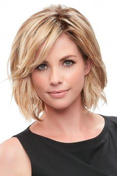 Essentially You Topper Hairpiece by Jon Renau Wigs Use this realistic looking topper to disguise beginning to mid/progressive stage hair loss. Essentially You by Jon Renau wigs is a one piece hairpiec Choppy Bob Hairstyles, Short Hairstyles For Thick Hair, Short Hair Cuts, Layered Hairstyles, Short Length Hairstyles, Pretty Hairstyles, Hairstyles For Medium Length Hair, Side Part Hairstyles, Toddler Hairstyles