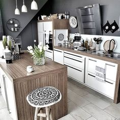 Open Kitchen And Living Room, Boho Kitchen, Kitchen Decor, Sweet Home Design, Diy Home Decor Projects, Black Kitchens, Updated Kitchen, Interior Design Kitchen, Decoration