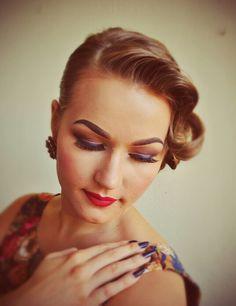Something blue - eyeliner and nails. Bringing a little twist to retro look! #blue #eyeliner #vintage #style #nails #amazingshine #lashes #mac #lipstick