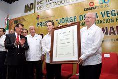 José Narro Robles, recibió presea Jorge de la Vega Domínguez al Mérito en Administración Pública 2017 - http://plenilunia.com/noticias-2/jose-narro-robles-recibio-presea-jorge-de-la-vega-dominguez-al-merito-en-administracion-publica-2017/45964/