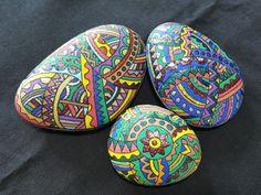 #짜루만다라 #stoneart Dot Painting, Stone Painting, Creative Art, Creative Ideas, Mandala Dots, Rock Design, Rock Crafts, Painted Stones, Rock Art