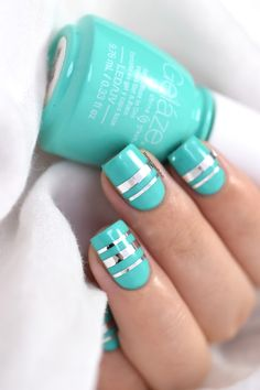 Marine Loves Polish: A la découverte des vernis Geláze de China Glaze ! - Too Yatch to Handle - striping tape - gel mani